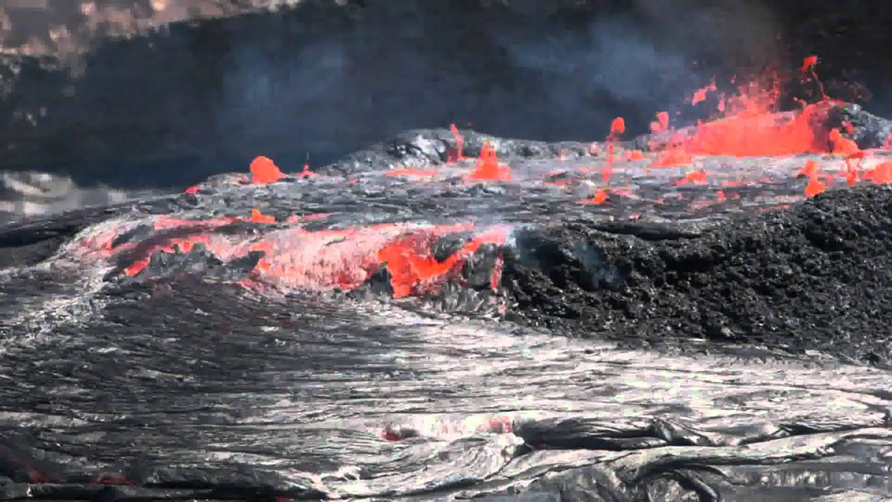 Overflowing boiling lava lake of Erta Ale volcano