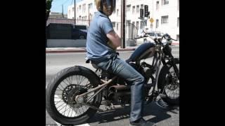 L'incredibile collezione Harley Davidson di Brad Pitt