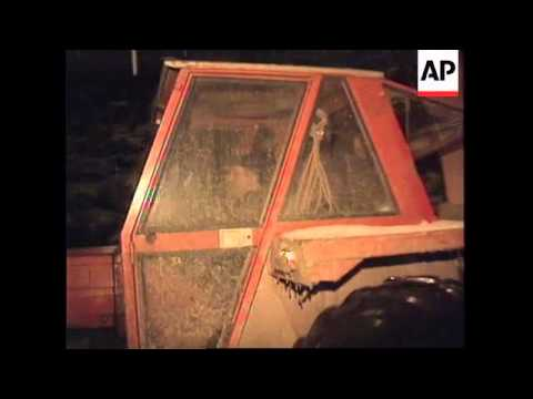 BOSNIA: SERB EXODUS FROM SARAJEVO CONTINUES