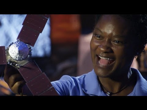 Mission: Solar System - Tracy Drain, Flight Systems Engineer | Design Squad