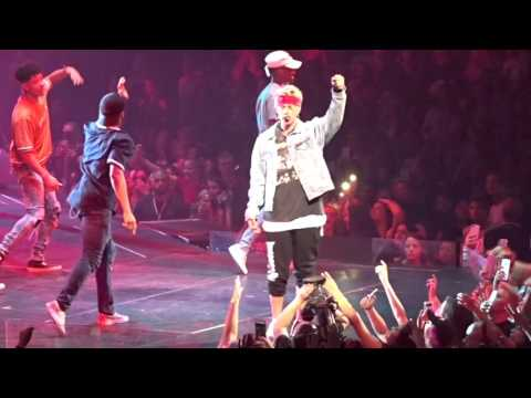 Justin Bieber - What Do You Mean (Live in Dallas, TX at American Airlines Center April 10, 2016)