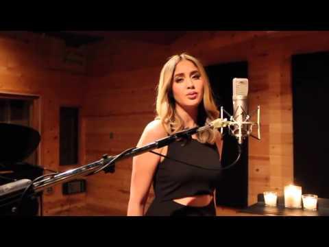 Hello de Adele en Español