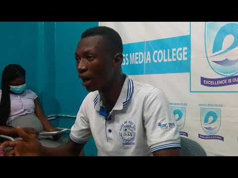 AMIDU JALEE (TENDER) REPORTING SPORTS NEWS AT ACCRA EXPRESS RADIO.   PLEASE WATCH AND SHARE.