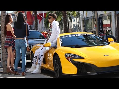 Kissing Gold Digger Twins Prank (GONE RIGHT)