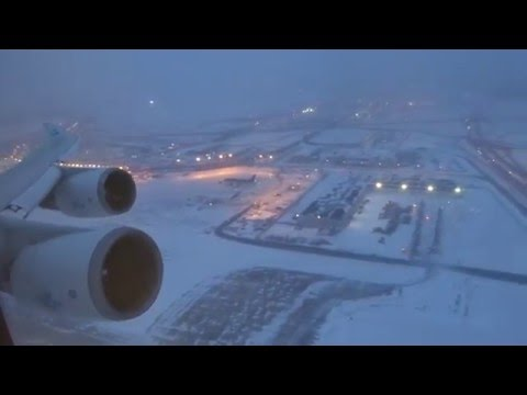 KLM 747400  O'hare to Amsterdam Takeoff After Snow Storm