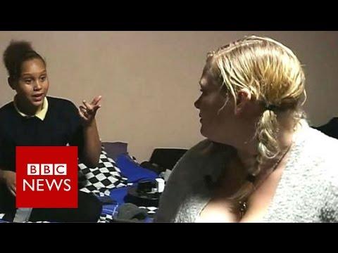 Homeless in spite of full-time job - BBC News