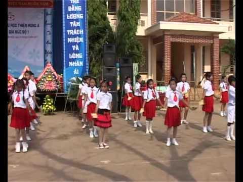 Lễ công nhận trường TH Thiện Hưng A đạt chuẩn quốc gia mức độ 1.wmv
