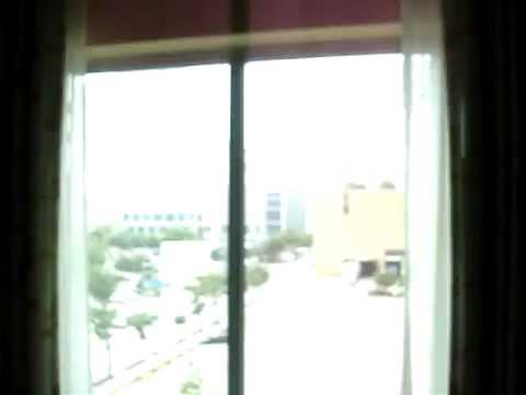 Hotel Room Tour: Embassy Suites Hotel in Downtown Houston, TX.