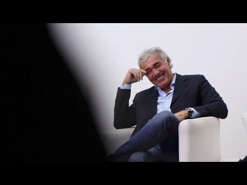 Massimo Giletti in lacrime: si commuove parlando della Rai al lancio di Non è l'Arena su La 7