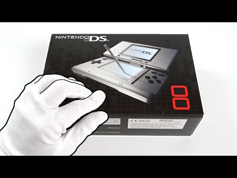 Nintendo DS Console Unboxing - 15 Years Later... (Modern Warfare, Black Ops Gameplay)