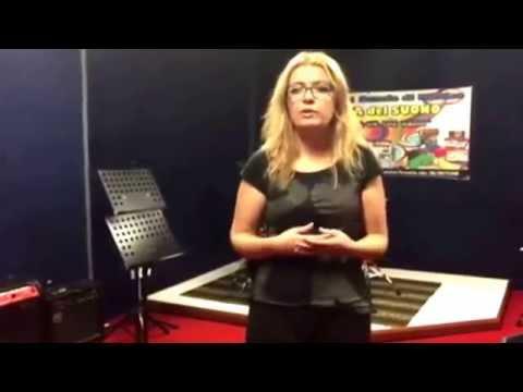 Lezioni di canto  : insegnante Anuhel alla scuola di musica bottega del suono !