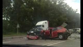 Ужасная авария ваз 2109 с volvo xc90
