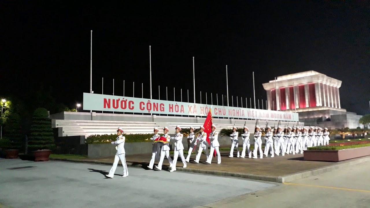 Lễ hạ cờ 2