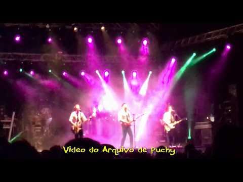 Momentos de la Actuación de Café Quijano en Burela 2017