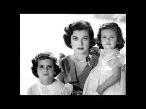Joan Bennett:Mother Suburbia & Beyond.