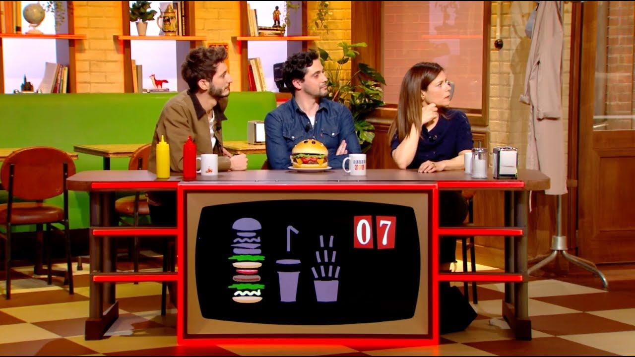 pierre niney et marina fo s tromp s par la stupidit artificielle burger quiz youtube. Black Bedroom Furniture Sets. Home Design Ideas