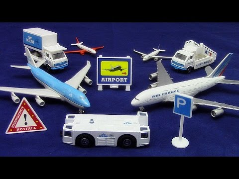 【Flugzeugmodell】「Air France-KLM Flughafen Spielset」Boeing 747-400 01196+de