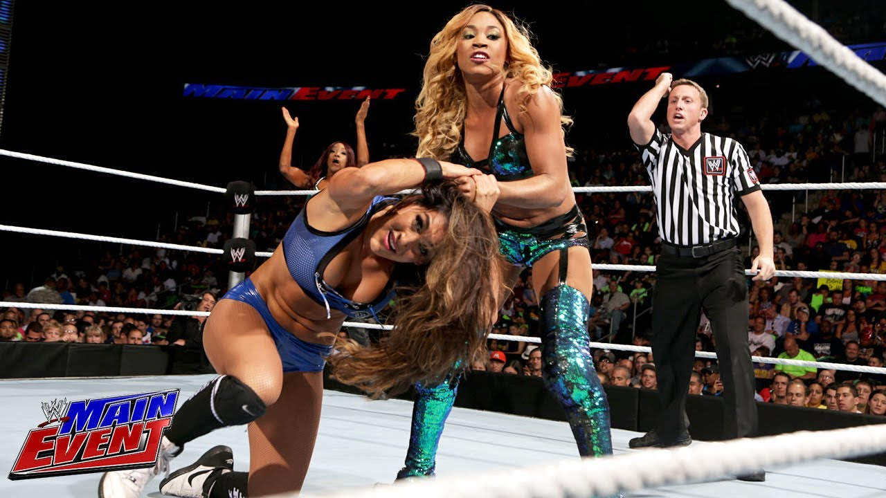 Nikki Bella Alicia Fox vs The Funkadactyls Wwe Main-7599
