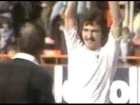 Luton Town v Middlesbrough 1973-74 MILLS GOAL