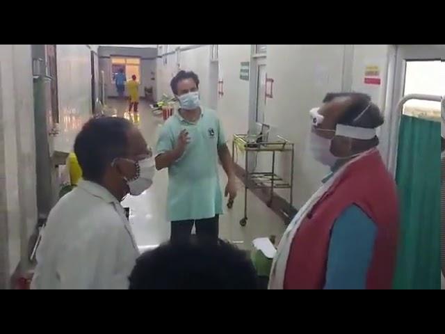 लखनऊ में लोकबन्धु अस्पताल का कैबिनेट मंत्री सुरेश खन्ना का दौरा
