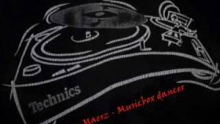 Marion Maerz - Musicbox dancer