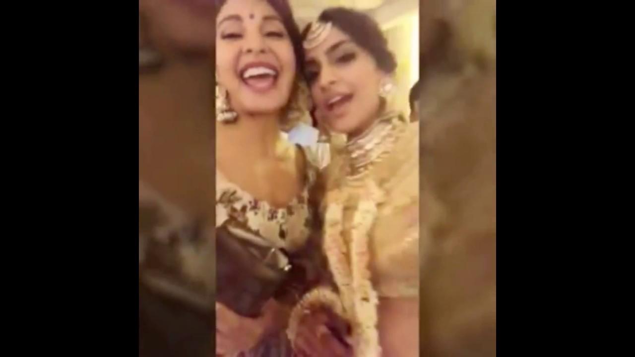 Mehndi Ceremony Of Shilpa Shetty : Bollywood celebrities dancing on mehendi ceremony of sonam kapoor