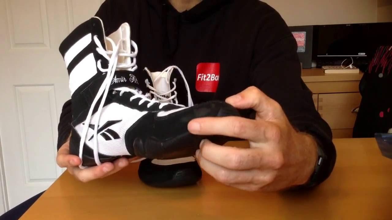 Pronombre Mamut Meseta  Reebok Amir Khan / Floyd Mayweather boxing boots in Black and White -  YouTube