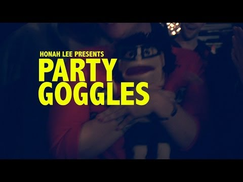 PARTY GOGGLES (OFFICIAL)