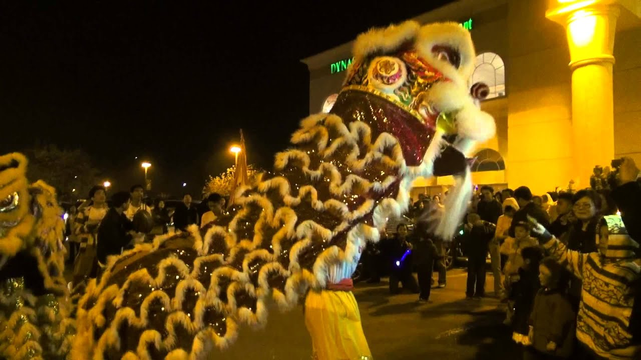 2013 Lunar New Year - San Jose Grand Century Mall - YouTube