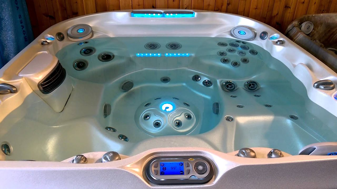 Jacuzzi Ontario - J-480 Hot Tub Explained - YouTube