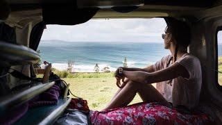 Vidéo : Justine Mauvin et Damien Castera, deux mois de longboard sur la côte Est australienne