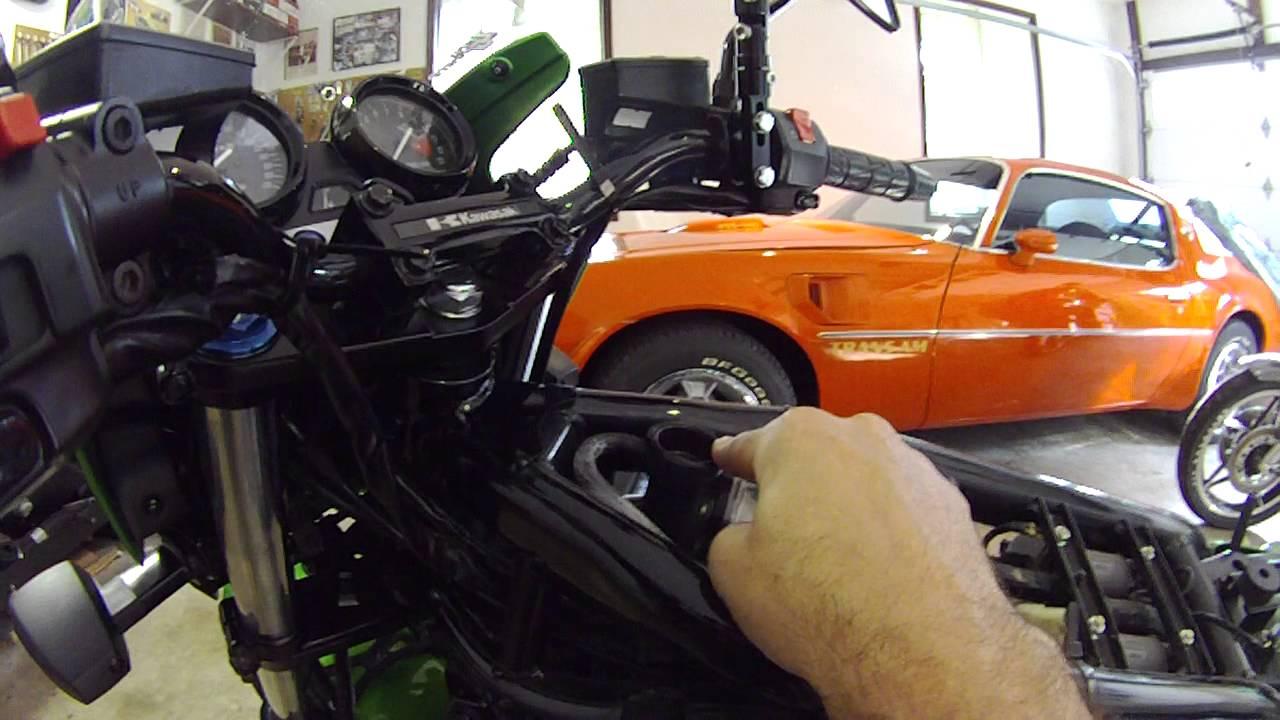 SOLVED: 2000 Kawasaki ZRX 1100 wiring diagram - Fixya on kawasaki gpz 550, kawasaki zx 10, kawasaki zephyr 550, kawasaki gpz 500, kawasaki er-5, kawasaki kmx 125, kawasaki zzr 1400, kawasaki en 500, kawasaki zrx1200r, kawasaki zxr 750, kawasaki motorcycles, kawasaki ninja 650r, kawasaki zzr600, kawasaki klr 600, kawasaki kle 500, kawasaki z1300, kawasaki z 750, kawasaki ninja 250r, kawasaki zephyr 1100, kawasaki gtr 1400,