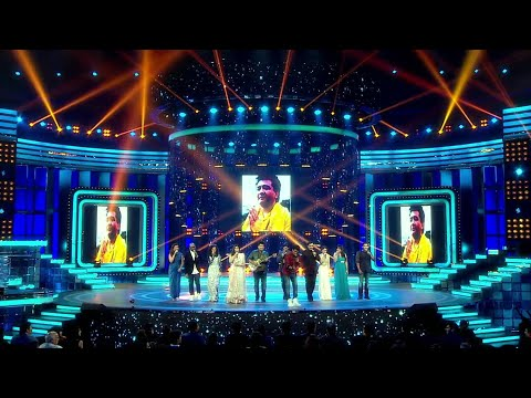 Jeetendra Kapoor and Rakesh Roshan surprise gift to Bhushan Kumar -  Suron Ke Rang – COLORS Ke Sang