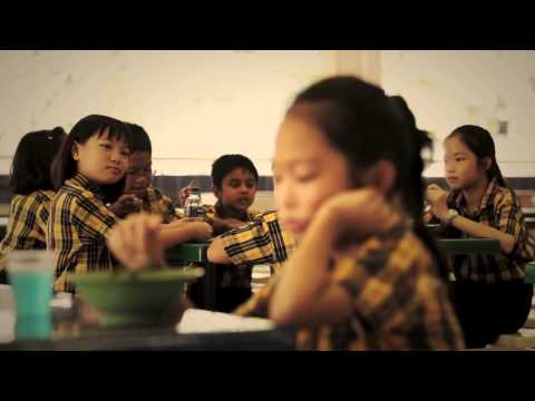 NDP 2011 - (Karaoke Version) My Singapore, Song by Lorraine Tan 陈莉芯