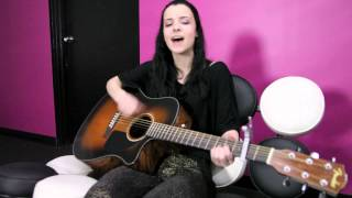 Download Alyssa Shouse visits ALYCE Paris offices and sings Drake