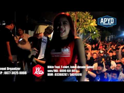Xena Xenita   Simpang lima Ninggal Janji  -  MERESAHKAN PRODUCTION thumbnail
