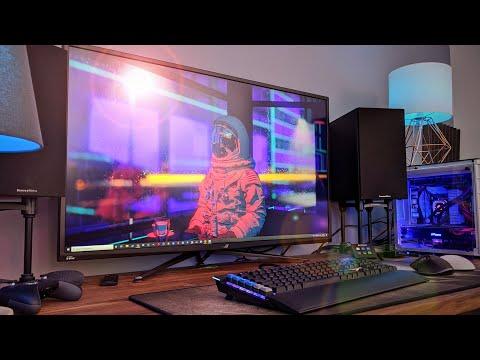 The BIGGEST Gaming Monitor Yet! - Asus ROG PG43UQ Review