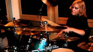 Hannah Ford's Solo Performance at Vic's Drum Shop