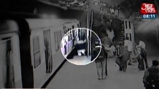 Video Shows Man Crushed To Death At Dadar Railway Station