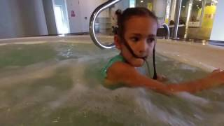 Video Su hotel jakuzi ve havuz keyfi , eğlenceli çocuk videosu download MP3, 3GP, MP4, WEBM, AVI, FLV November 2017