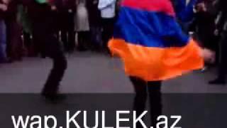 Azerbaycanli Oglan Ve Ermeni Qizi Reqs Edir (wap.Kulek.az)