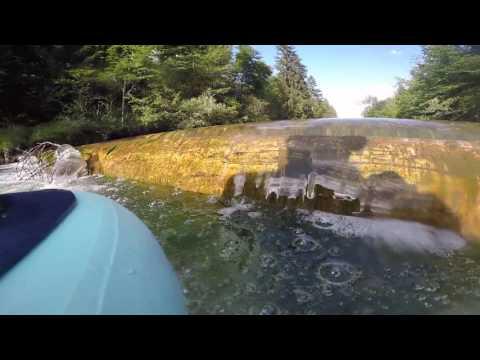 Turbulence vs. Laminar flow. Filmed in real water on low head dam.