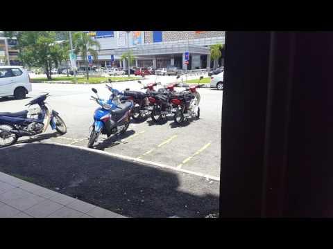 PUNYALAH BYK PARKING MOTOR