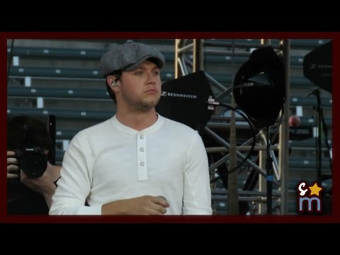 "Niall Horan - ""Slow Hands"" Live at Wango Tango 2017"