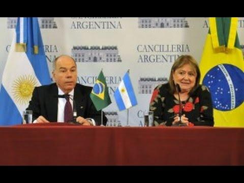 Susana Malcorra y su par brasilero, Mauro Vieira, brindaron una conferencia de prensa.