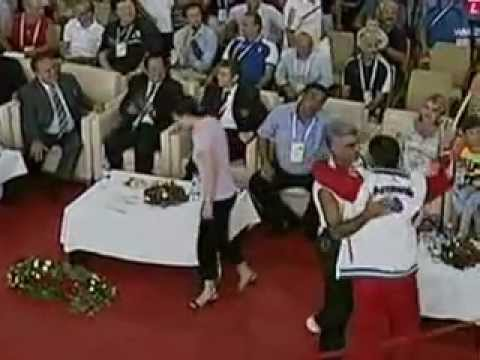 2010 World Weightlifting 77 Kg Clean and Jerk