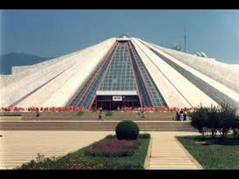 Albania - Tirana - Climbing Hoxha pyramid (Shqiperia) (Tirana Pyramid)