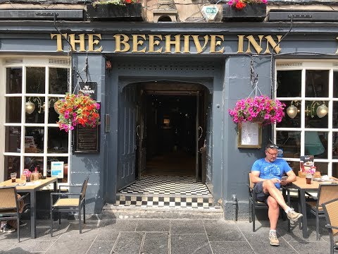 100 Great Scottish Pubs   The Beehive