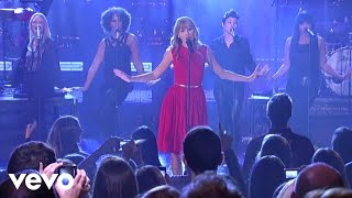 Taylor Swift - We Are Never Ever Getting Back Together (Live from New York City) Video