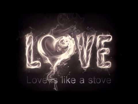 Sinéad O' Connor - (Lyrics) Love Hurts